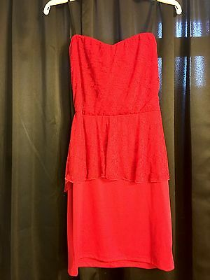 G BY GUESS Red Lace Peplum Strapless Dress, Size Large. New