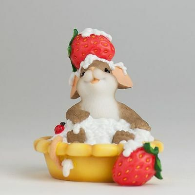 Charming Tails You're A Sweetie Pie Strawberry mouse Figure NIB Enesco #4029319