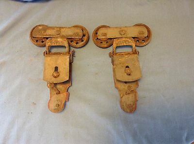 VINTAGE 1 PAIR Old BARN DOOR ROLLERS HANGER Steel  Cast Iron Roller Wheels Nice