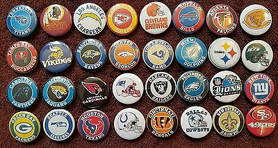 National Football League NFL Button Badges x 32. Pins Wholesale Collector.