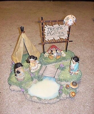 "1994 Enesco ""Friends of the Feather"" Tepee Set with 4 Figurines"