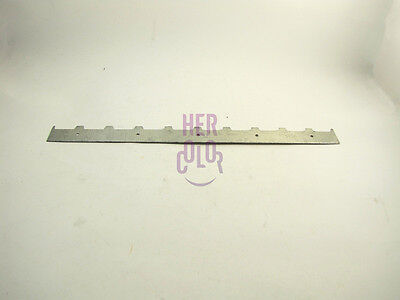 2 pairs Castellated frame spacers holding 10 frames 37cm