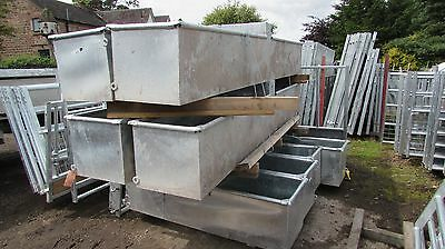 10ft Fully Galavanised water trough c/w centre box
