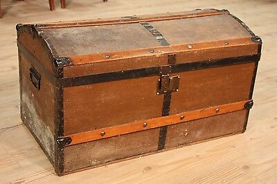 Trunk european wood iron furniture decoration object chest antique style 900 XX