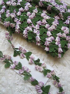 Vintage Usa Lavender, White And Green Cotton Applique Trim  2 Yards