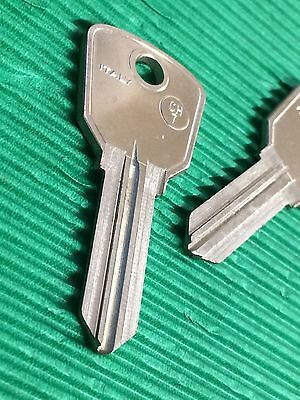 Slica CH7 Chicago Lock Company Jukebox Keyblank Pair -Key Blank-Free Postage!