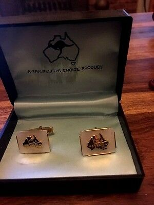 Cuff links Australia with states