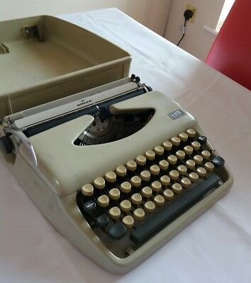 Cream Adler TIPPA Typewriter With Case  German Made Excellent  Working Condition