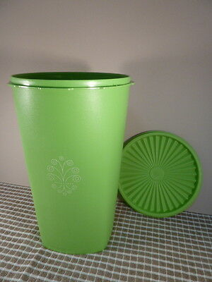 Vintage TUPPERWARE Canister Press Seal Servalier Container Large Green 27cm