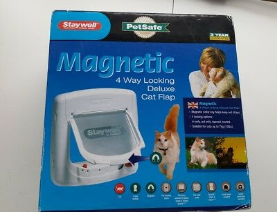 PetSafe Staywell Magnetic 4 Way Locking Deluxe Cat Flap Door - White *NEW*
