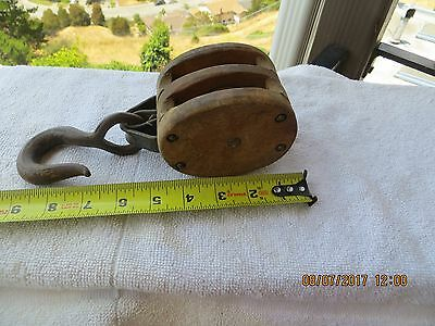 "Wood double 2 1/2"" wheel Pulley block tackle rustic vintage barn hook primitive"