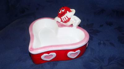 M&M's® RED On A HEART SHAPED  CANDY DISH 2001 Galerie