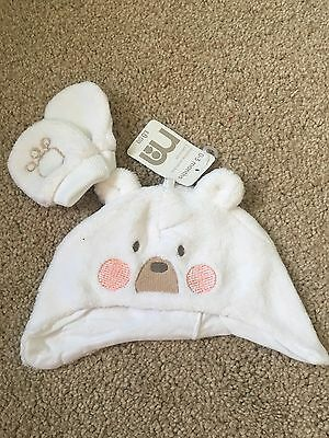 BNWT Mothercare Hat & Mitten Set. White Fluffy. Unisex. Age 0-3 Or 6-12 Months
