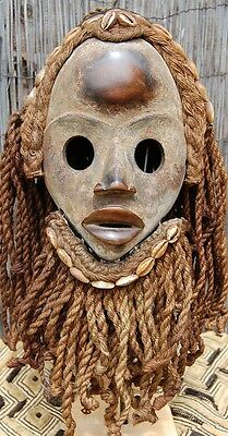 African tribal Dan Deangle mask...........Ivory coast