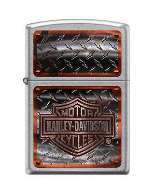 Zippo 1698, Harley Davidson-Logo, Street Chrome Finish Lighter, Full Size