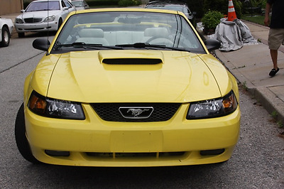 2002 Ford Mustang  MUSTANG GT 2002 5 Speed, 4.7 Convertible, Yellow Exterior, White Leather, Hot!!