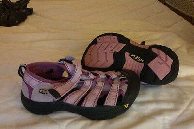 Keen girls shoes sandals size 12US,