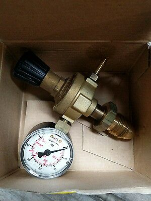 Mini oxy turbo gas regulator