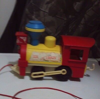 Vintage Fisher Price Little People Pull Toy Circus Train Engine Only #991