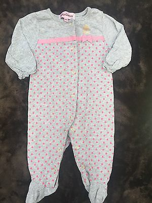 Juicy Couture Newborn Girl Adorable One-Piece Outfit Baby Girl 0-3 M Sleepware