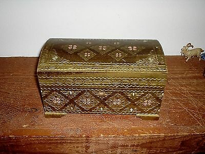 Large Domed Italian Florentine Toleware Pink Gold Gilt Trinket Hand Painted Box
