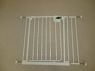 White Child Safety Gate with 1x extension pieces