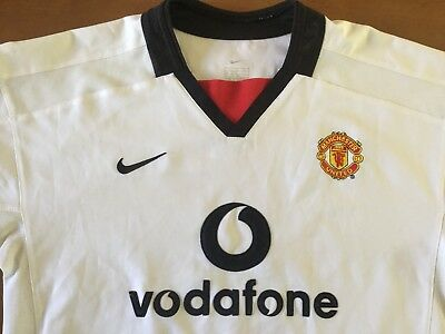 Manchester United youth/small adult football shirt. Size in description.