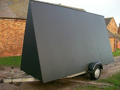 14x8ft advertising trailer in very good condition