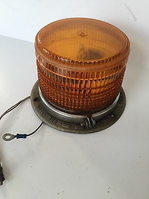 Whelen Engine Co Yellow Light Vintage Great Shape Fire Rescue