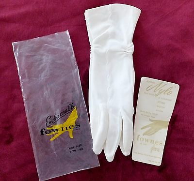 Vintage Fownes Embraceable Gloves Never Used Nwt