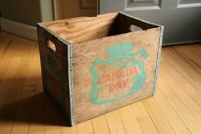Vintage Canada Dry Ginger Ale Soda Wood Crate Box