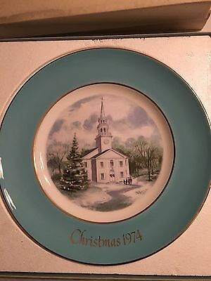 1974 Avon Christmas Decorative Collector Plate With Original Box Country Church