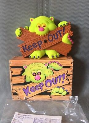 Keep Out Creature Monster Door Wall Hanger Vintage Toy Lights & Sounds Avon