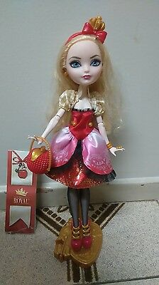 Ever After High doll - Apple White