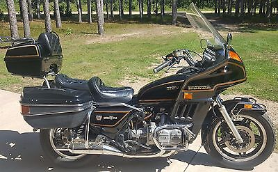 1982 Honda Gold Wing  1982 Black Honda Gold Wing GL 1100 with cover. Only 38K miles. Garage Stored.