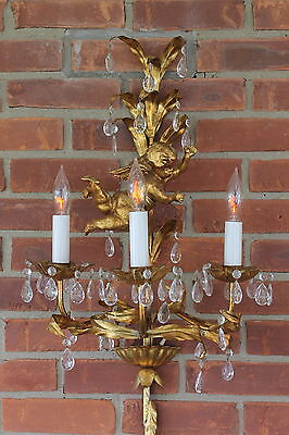 Vtg Hollywood Regency Italian Gilt Tole Metal Gold Leaf Sconce w Cherub & Prisms