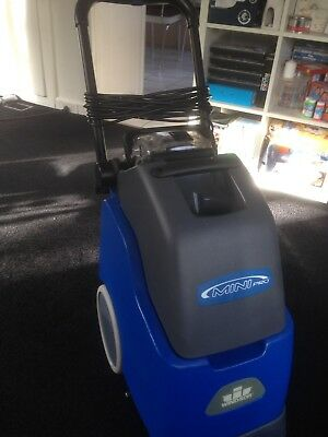 Windsor Mini Pro Commercial Carpet Extraction Cleaning Machine