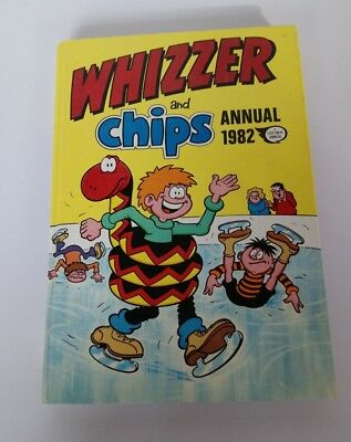 Whizzer And Chips Vintage Childrens Boys Annual 1982 Collectible S3