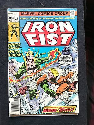 Iron Fist #14 / Beautiful glossy /OW-Pages / KEY 1st Appearance of Sabre-tooth!