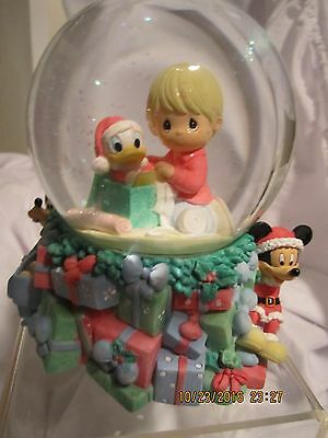 Precious Moments Boy With Donald Duck Water Globe New