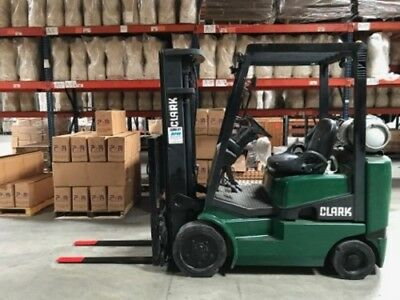 Clark Forklift TMG15S, Side Shift, 3 Stage. LOW HOURS 3000lb