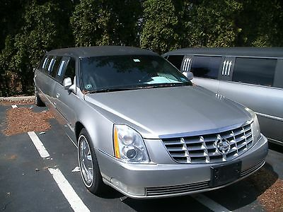2006 Cadillac DTS  CADILLAC LIMOUSINE FOR 8   SHOWROOM CONDITION