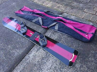 """GENERIC'S' 157 cm Snowboard with Bindings, great design, carry bag, very good"