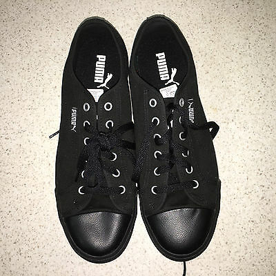 Black Puma sneakers Size 9
