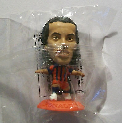 Microstars BARCELONA (HOME) RONALDINHO Italy S1 RED BASE MC4950