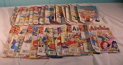 Lot Of 28 Archie Comic Books, Betty, Archie, Cheryl Blossom +, 1990's