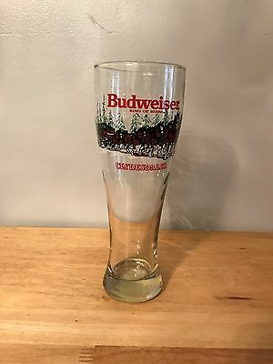 """Holiday Budweiser Clydesdales 1989 Pilsner Glass - 20 Oz. -9 """" tall BBB"""