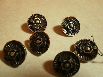 6 Vintage metal picture buttons with flower decoration