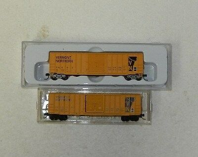 2 x Atlas/MicroTrains N Scale Vermont Northern 50' Boxcars