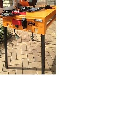 Triton Powered Saw Table With Factory Fitted Circular Saw 184Mm